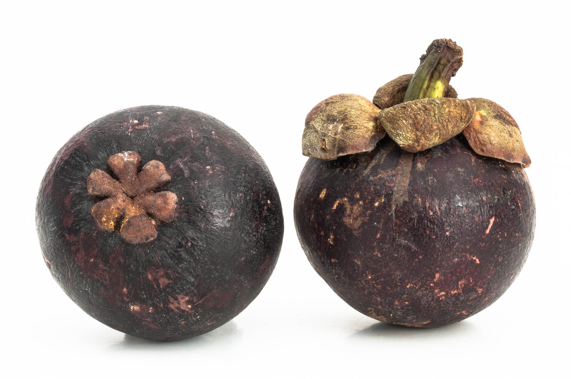 Garcinia-mangostana-Mangostane