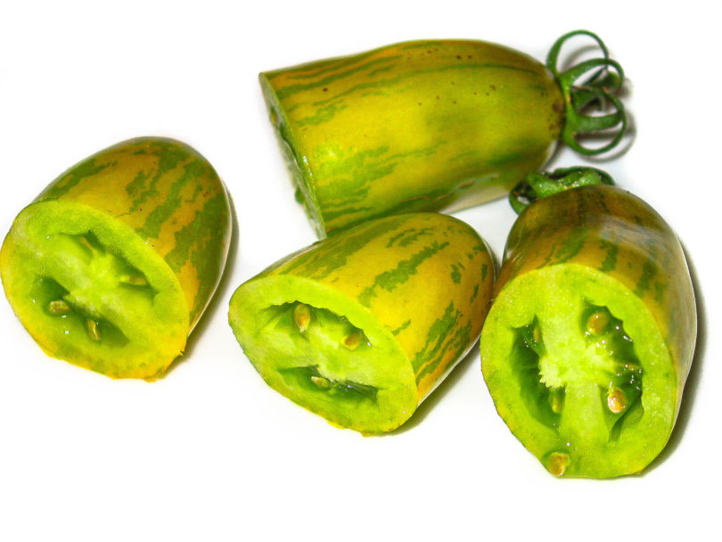 Die Tomatensorte Green Sausage ist eine kuriose, gelb-grün gestreifte Tomate